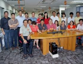 2013 CNY